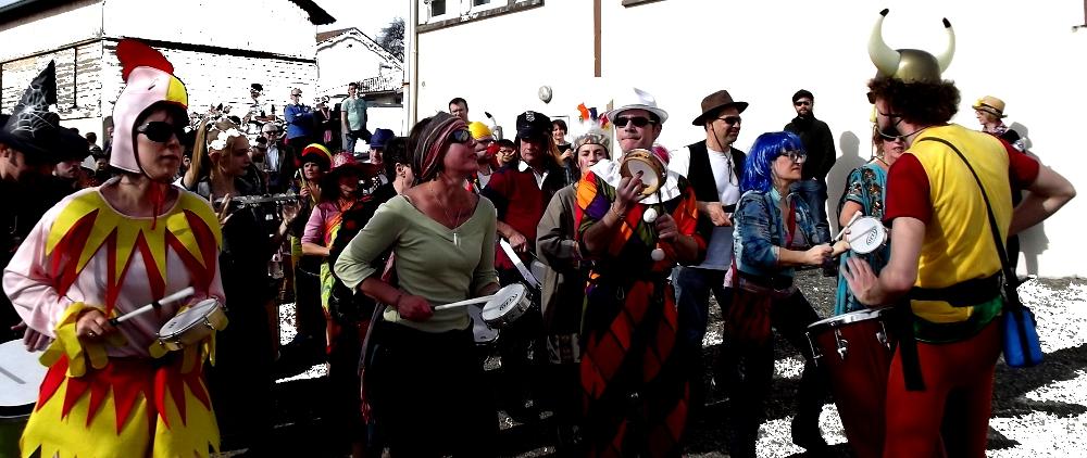 Samba d'Oc au carnaval d'Église Neuve de Vergt