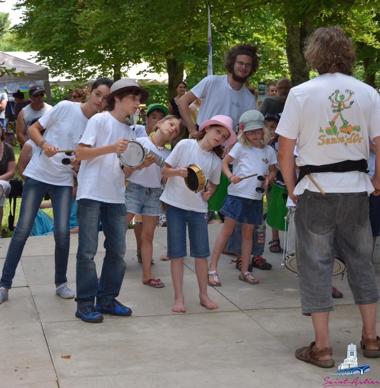 Les Pitchö Samba à la fête de la Musique des Mômes de Saint-Astier